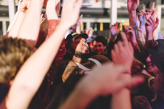 Raz Simone in a sea of happy fans during the show at WWU Oct. 23. PHOTO BY JOHNATHAN PENDLETON